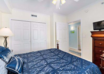 bedroom 3 with doorway
